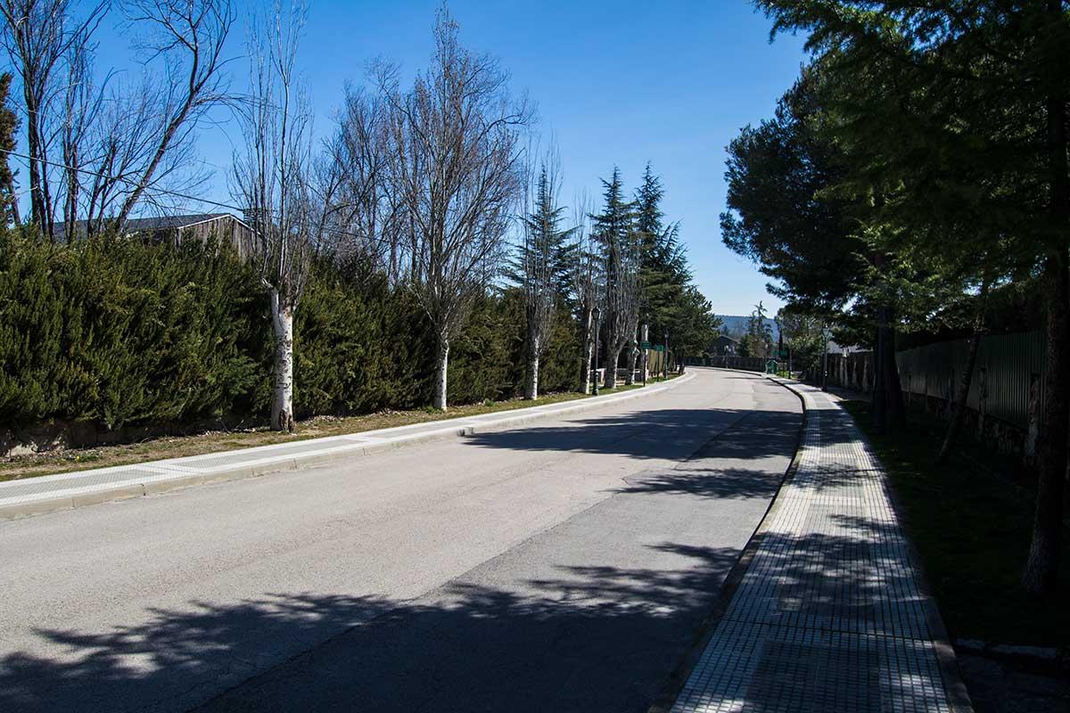 Obras de asfaltado y señalización de viales